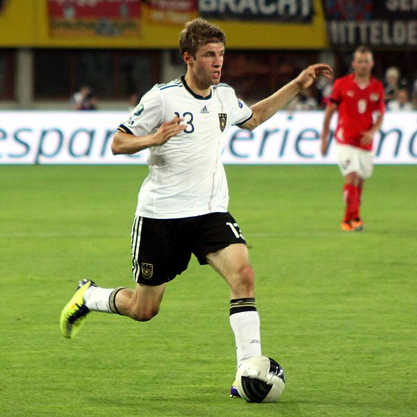 Thomas Müller podczas meczu na boisku